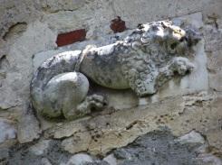 un lion sur l'arrière du lycée Marie Immaculée rue Charles Forget