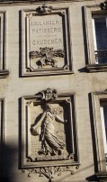 La semeuse Au dessus de la boulangerie rue de la république
